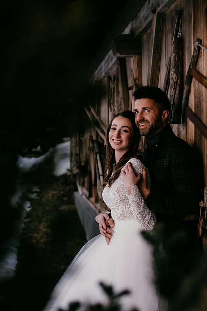 Heiraten-in-den-Dolomiten-Thema-Holz